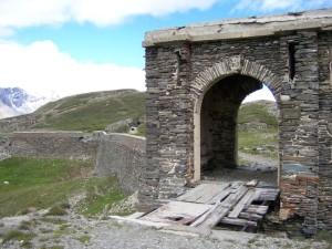 Zugang zum Fort de la Turra